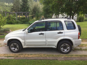 2003 Suzuki Vitara Hatchback