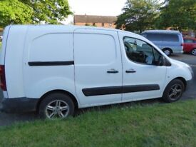 Great, reliable, economical and versatile Citroen Berlingo Crew Van LWB (2010) NO VAT £3700 ONO