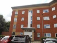 BECKTON, E6, REFRESHED 2 BEDROOM APARTMENT AVAILABLE NOW