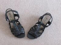 Casual black sandals Size UK 4 Euro 36