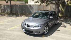 2006 mazda3 hatchback need gone ASAP moving out of province