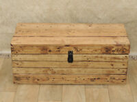 Solid wooden trunk box reclaimed pine (Delivery)