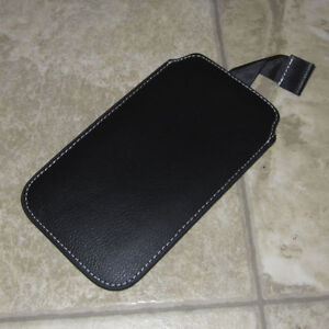 Leather wallet / sleeve for smartphone