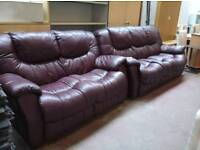 Burgundy leather 2 and 3 seater sofa set.