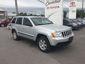 2009 Jeep Grand Cherokee Laredo, 4X4, DEMAREUR A DISTANCE