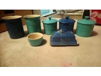 Le Creuset kitchen set