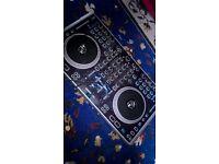 Numark N4 4-Channel DJ Controller built in Mixer