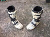 Kids motocross boots size 12