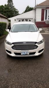 2016 Ford Fusion - Turbo - 2.0L 4-Cyl - Clean - Low KMs!