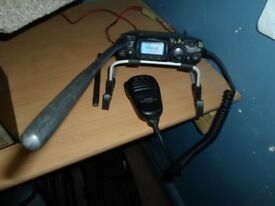 yaesu ft 817 hf vhf uhf shack in a box qrp walkabout radio transceiver