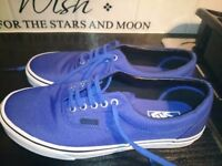 Mens blue off the wall vans trainers sizer 8 size 9 brand new