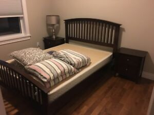 Queen Bedroom Set For Sale!