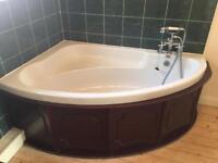 Corner bath