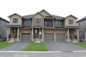 NEWLY BUILT TOWNHOME IN AMHERSTIVEW! 118 Dr. Richard James Cr
