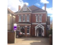 CRACKING CHARACTER 1ST FLOOR CONVERSION SHORT WALK TO SUTTON/CHEAM STNS,