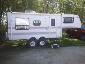 1996 Jayco 21' Fifth Wheel