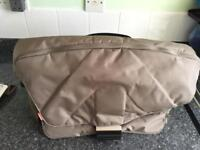 Manfrotto Messenger Style Camera Bag