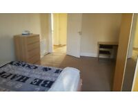 FURNISHED DOUBLE ROOMS, DENNISTOUN £75 pw pr, CLOSE TO STRATHCLYDE, GCU, CITY CENTRE