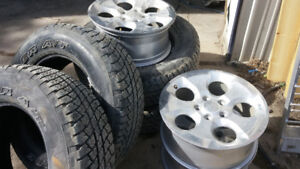 Factory Alloys from Jeep JKU and 255 70 18 Tires