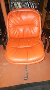 Retro red vinyl computer chair