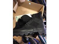 Black jungle boots size 6