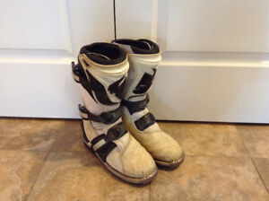 Thor motocross boots size 5
