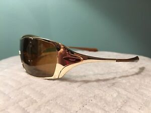 Women's Oakley DART Sunglasses - never worn
