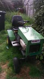 Tractor 300cc ferst 150 as i have to move