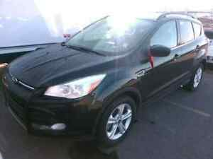 2014 Ford Escape SE | HEATED SEATS | BACK UP CAM | BLUE-TOOTH |