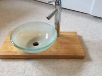 Moda pedestal glass basin with tap