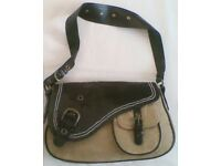 LADIES DESIGNER FAUX LEATHER & CORDUROY STYLED HANDBAG