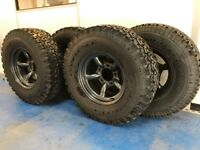 Land Rover steel wheels x5 new tyres