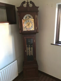 Grandfather clock - Mahogany