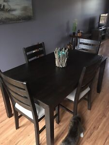 Dining room room table and 6 chairs