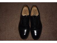 MESN'S. LOAKE SHOES