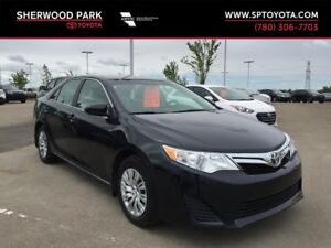 2014 Toyota Camry LE-Clean History-Perfect Family Sedan!