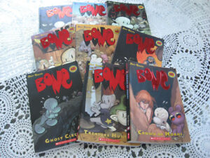 "SERIE OF ""BONE"" COMICK BOOKS"