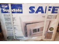 NEW IN BOX Electronic Safe SS30 For Home and Businesses Includes Back Up Keys