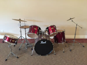 """As good as new"": Pearl Export Series 5 piece drum set"