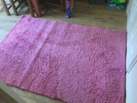 Large pink rug size 133x195cm