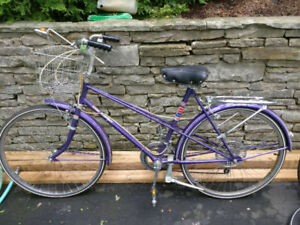 Women's CCM vintage  Esprit cruiser bicycle