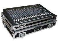 Mackie CFX20 - Analog mixer, with Rock Ready Flight case. Great condition.