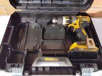 DeWALT dcd795 BRUSHLESS 18v li-ion combi drill , 1x2ah battery, No charger. tstak case