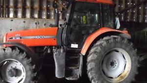 Tracteur 2550hrs 4X4