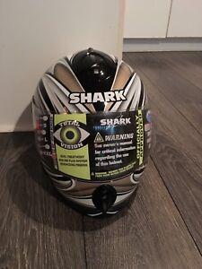 Shark S800 full face helmet. Ladies small.