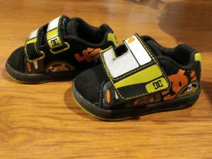 Chaussures bébé à donner gr 5
