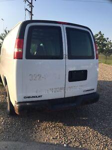 Chevrolet Cargo van 2500 extended,