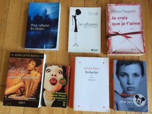 Lot de 7 romans de filles -Parfait pour les vacances d'été ! 10$