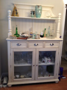 China hutch or display cabinet