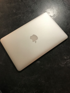 """MacBook Air 11"""" with Apple Care"""